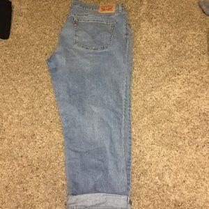 Levi's Jeans - Levi boyfriend jeans.